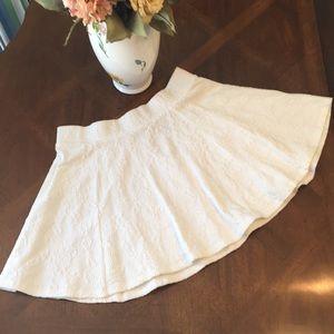 White skater skirt size medium cotton/poly/elastan